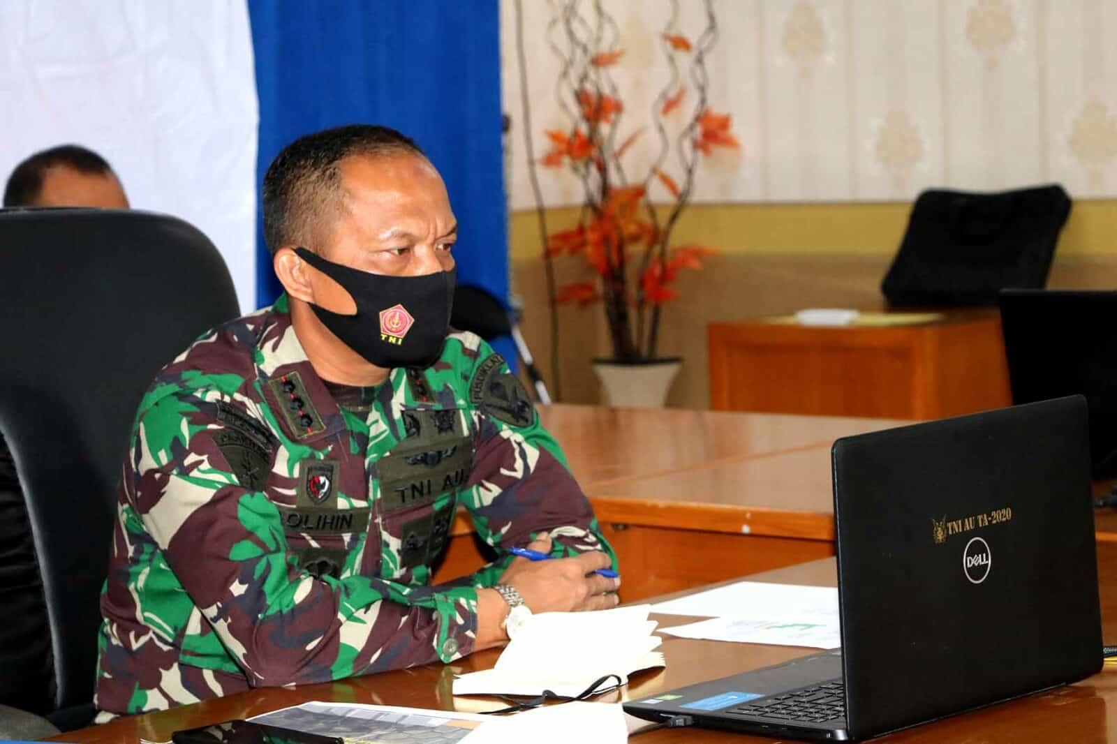 Komandan Pusdiklat Mengikuti Rapim TNI AU Melalui Video Converence
