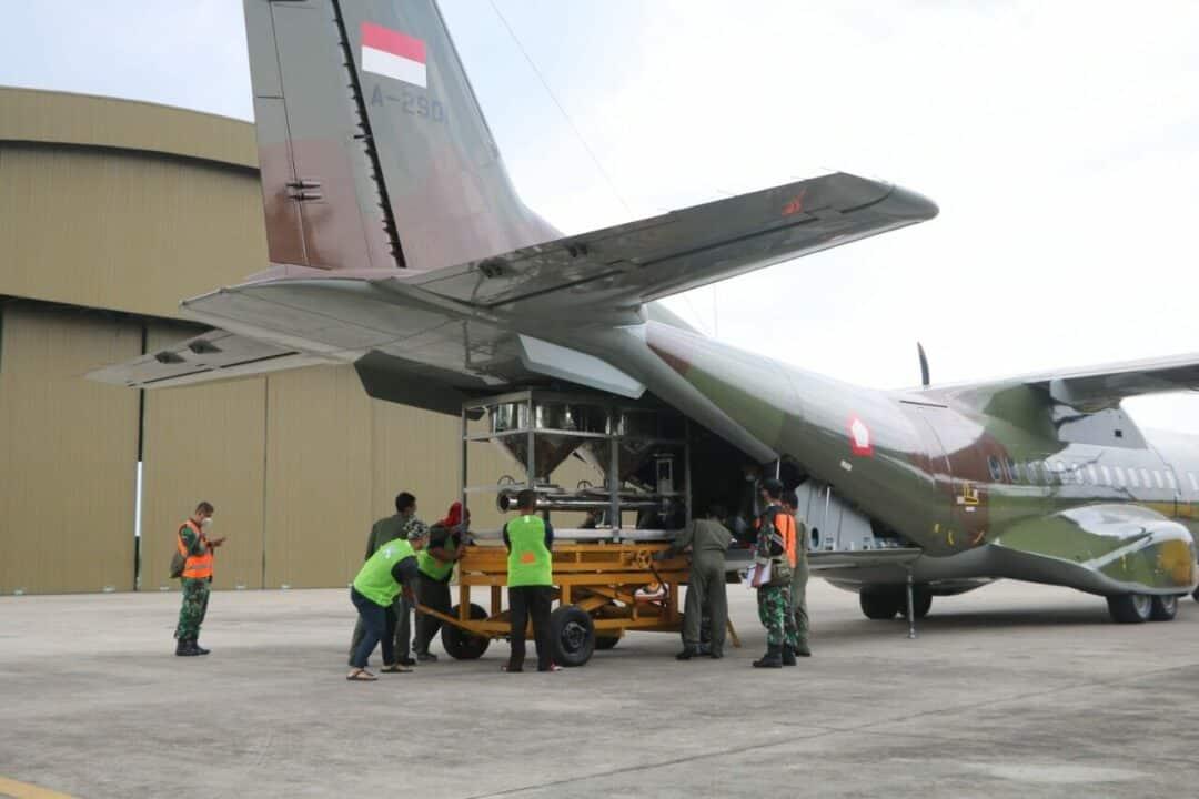 Kurangi Potensi Banjir Ibukota, Pesawat TNI AU Terus Lakukan Modifikasi Cuaca