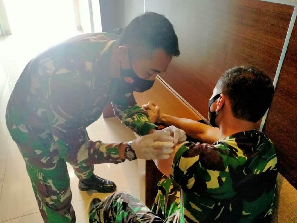 Langkah Preventif, Pasis Sesau A-15 Disuntik Vaksin Influenza