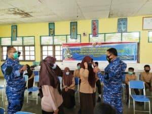 Serbuan Teretorial Hari ke-2 Lanud RSA Laksanakan Rapid Test Massal Gratis di SMP Negeri 1 Ranai