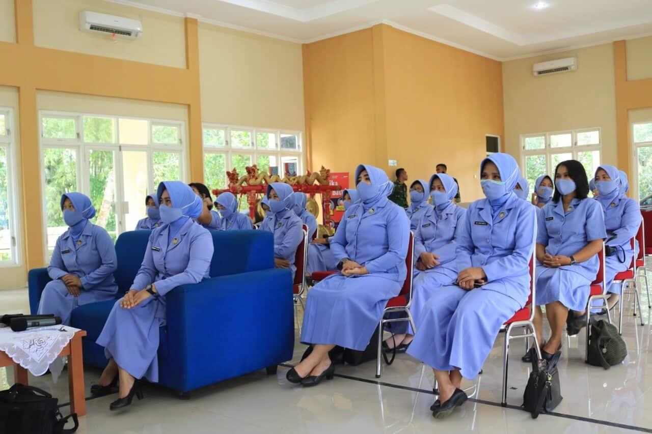 PIA Ardhya Garini Cab 8/D. I Lanud J.B. Soedirman Adakan Ceramah Kesehatan Organ Intim Wanita Secara Daring