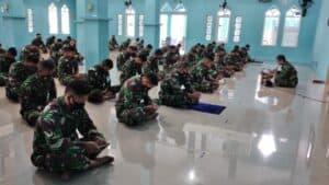 Wujud Rasa Syukur Pada Tuhan YME, Personel Lanud Dhomber Gelar Giat Agama Rutin Mingguan.
