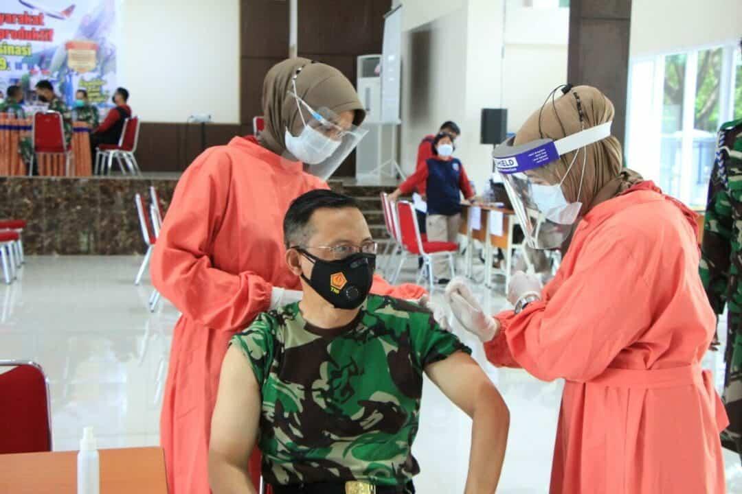 Lanud Sultan Hasanuddin Gelar Vaksin Dosis Kedua Covid-19