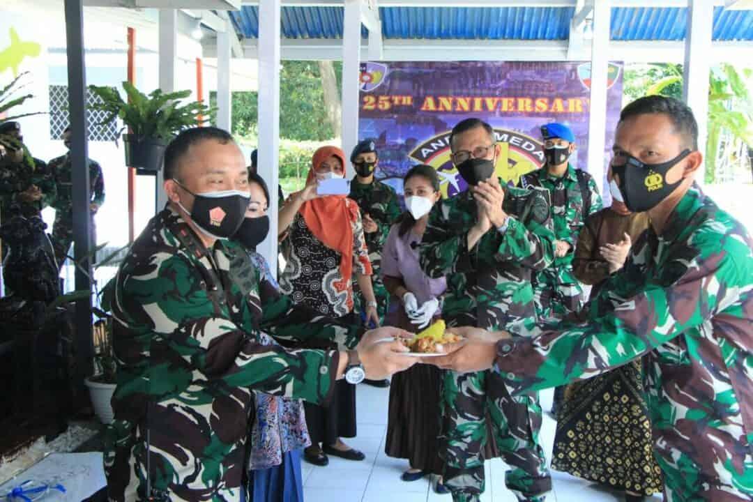 Syukuran Hut Ke-25 Skadron Teknik 044 Lanud Sultan Hasanuddin