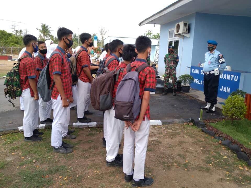 Pelajar Kota Sabang Penuhi Mako Lanud Maimun Saleh.