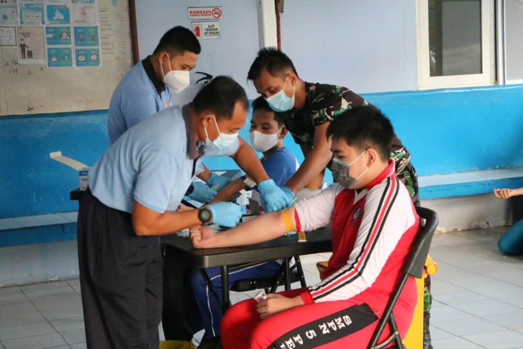 Casis SMA Pradita Dirgantara Panda Lanud Rsn Laksanakan Tes Kesehatan