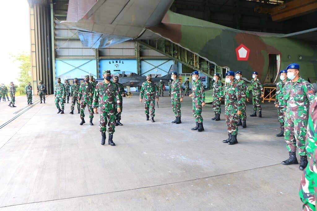 Kunjungan Kerja Wakasau Marsdya TNI Fahru Zaini ke Lanud Abd Saleh