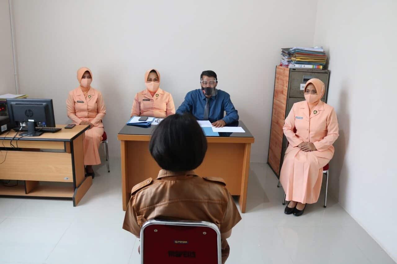 Ketua Yasarini Pengurus Cabang Lanud Rsn PantauTes Mental IdeologiBagi Casis SMA Pradita Dirgantara