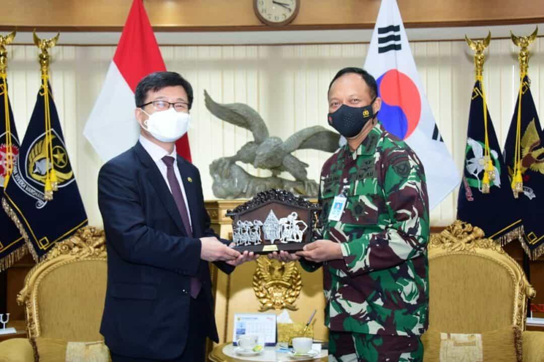 Bahas Industri Dirgantara, Minister of DAPA Korea Selatan Temui Kasau di Mabesau