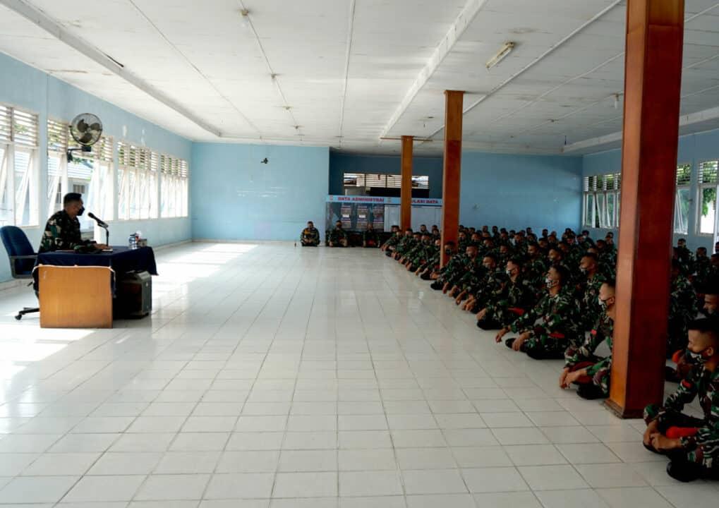 Danyonko 462 Paskhas Laksanakan Jam Komandan