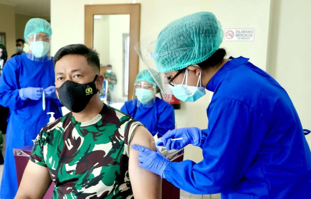 Lanud I Gusti Ngurah Rai Mulai Laksanakan Vaksin Covid-19