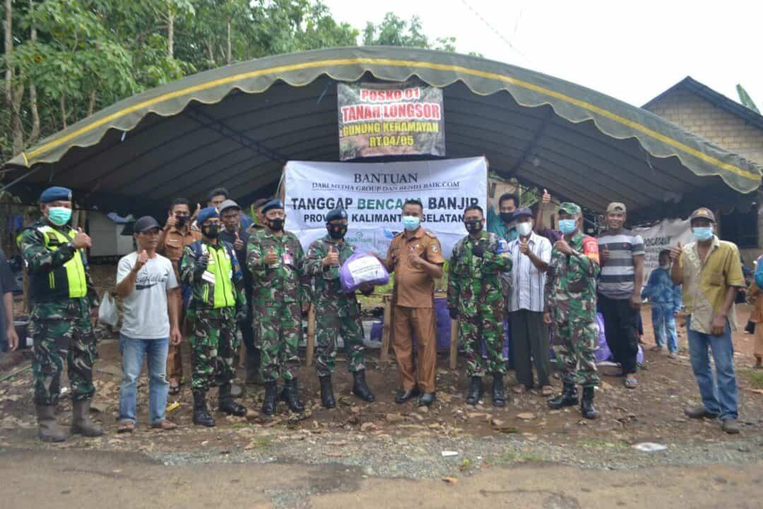Lanud Sjamsudin Noor Salurkan Bantuan Kemanusiaan dari Media Group dan Benih Baik.Com Untuk Korban Terdampak Tanah Longsor di Kabupaten Tanah Laut Kalimantan Selatan