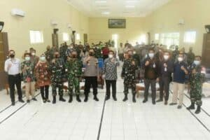 Lanud Wiriadinata Sosialisasikan Pupuk Organik JST Kepada Petani