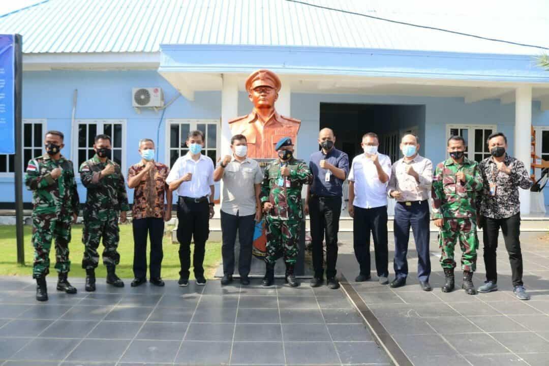 Perkuat Sinergitas, Direktorat Jenderal Bea dan Cukai Maluku Kunjungi Komandan Lanud Leo Wattimena