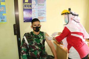 Personel Lanud Pangeran M. Bun Yamin Terima Vaksinasi Tahap I
