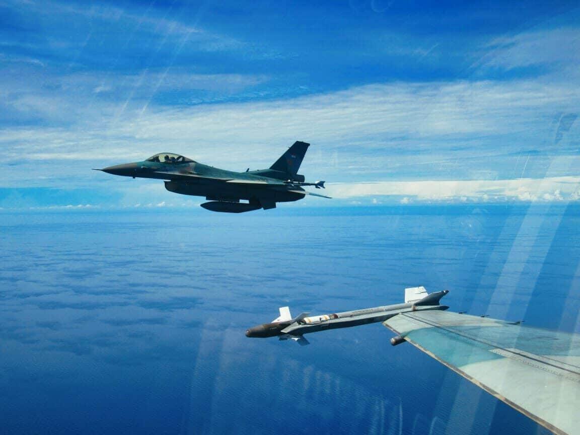 Jaga Wilayah Udara Indonesia, Lanud RSN Kerahkan Satu _flight_ Pesawat F-16