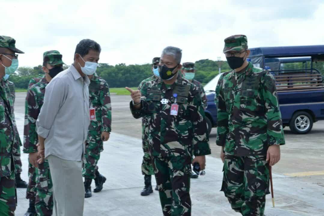 Pangkoopsau II Meninjau Pembangunan Beberapa Fasilitas Di Lanud Sultan Hasanuddin