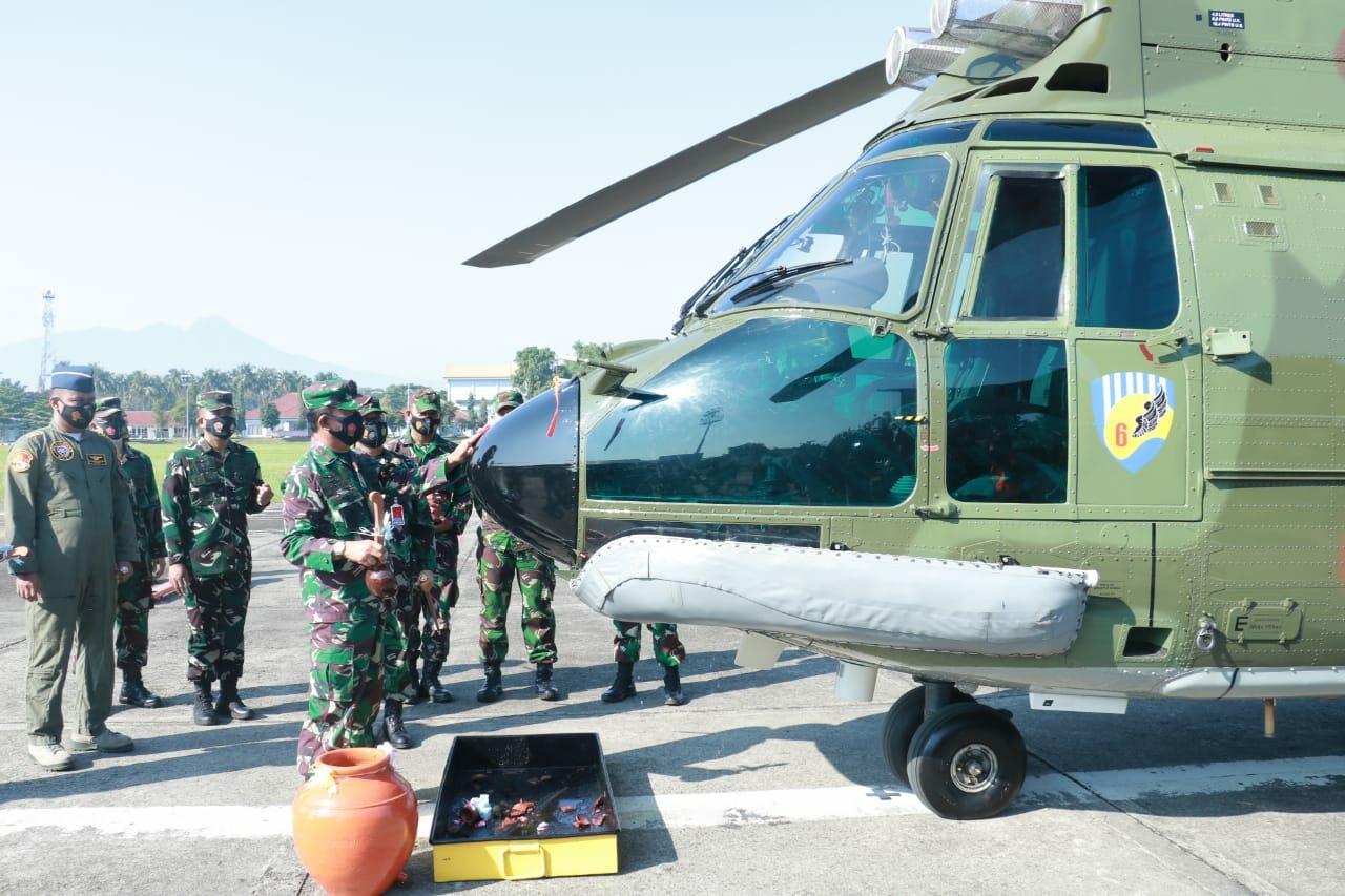 Kuker Pangkoopsau I, Resmikan di Operasikannya Pesawat Super Puma H 3218