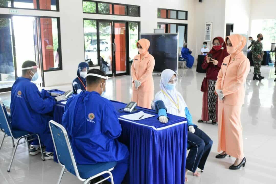 Casis SMA Pradita Dirgantara Jalani Tes Kesehatan