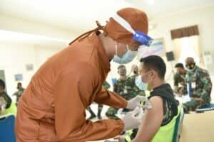 Dukung Indonesia Sehat, Lanud Adisutjipto Laksanakan Vaksinasi Covid 19.