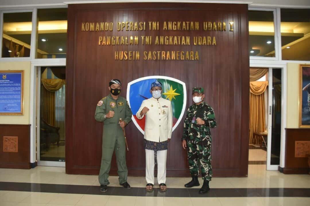 Danlanud Husein Sastranegara Sambut Kedatangan Gubernur Jabar