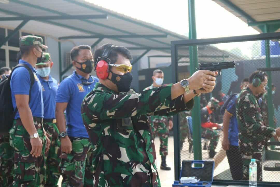 Pangkohanudnas Ikuti Lomba Menembak Piala Kasau