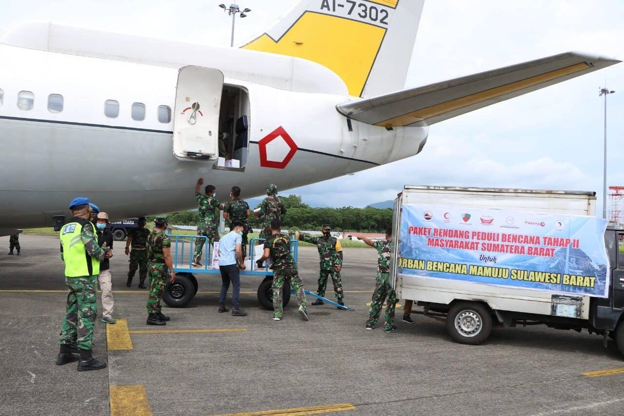 TNI Angkatan Udara Kembali Salurkan Bantuan Ke Mamuju Tahap Kedua