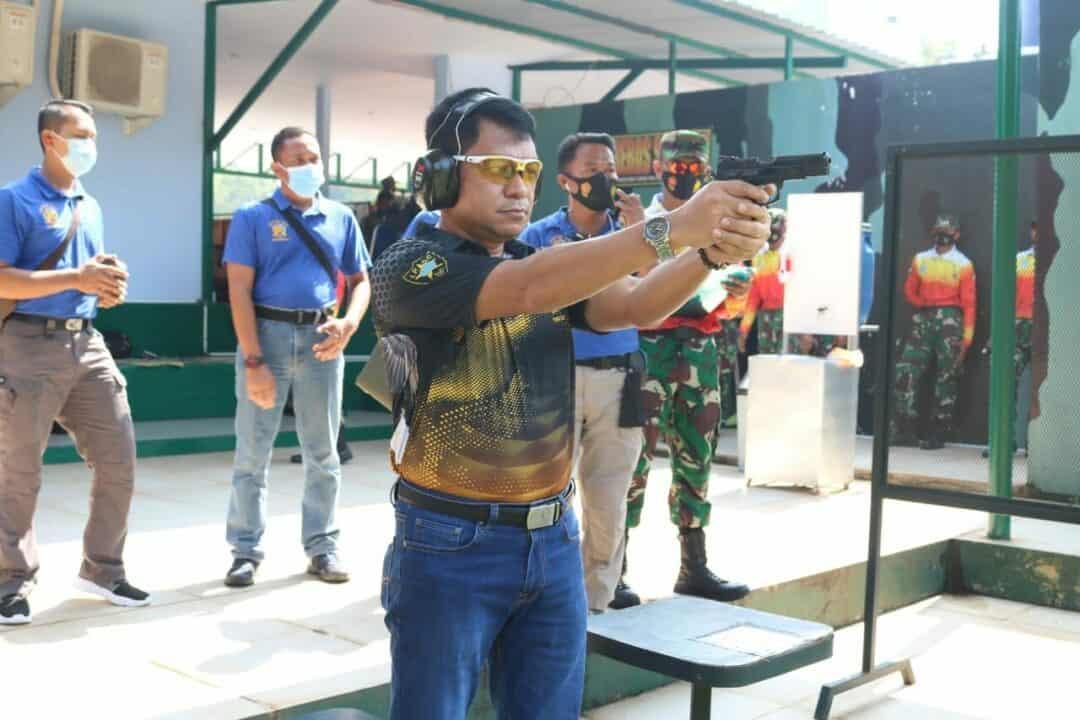 Pangkohanudnas Ikuti Lomba Menembak Pistol Eksekutif 20 M