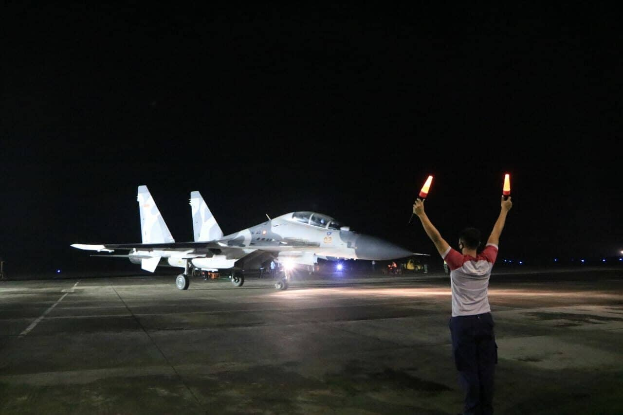 Tingkatkan Profesionalisme Para Fighter, Lanud Iswahjudi Gelar Terbang Malam