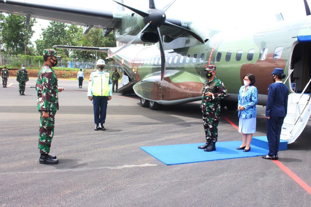 Kunjungan Perdana Pangkoopsau II di Lanud J.B. Soedirman
