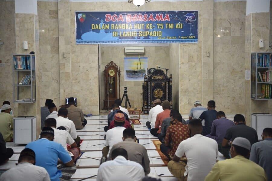 Lanud Supadio Gelar Doa Bersama Di Tiga Tempat Berbeda