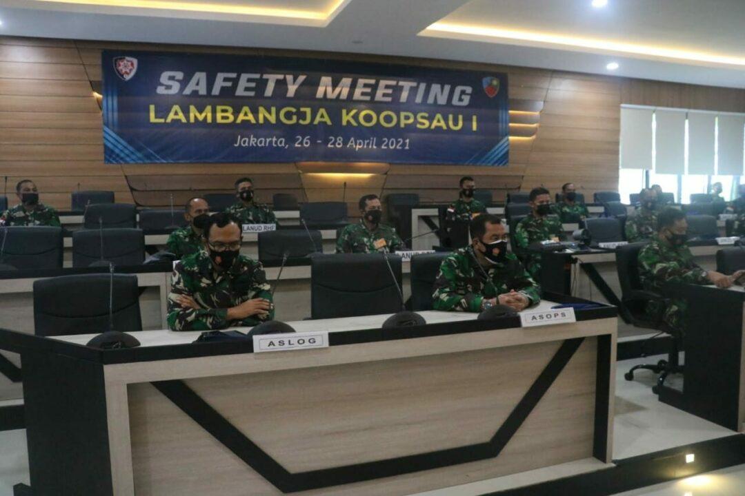 Pangkoopsau I Buka Safety Meeting Lambangja Koopsau I