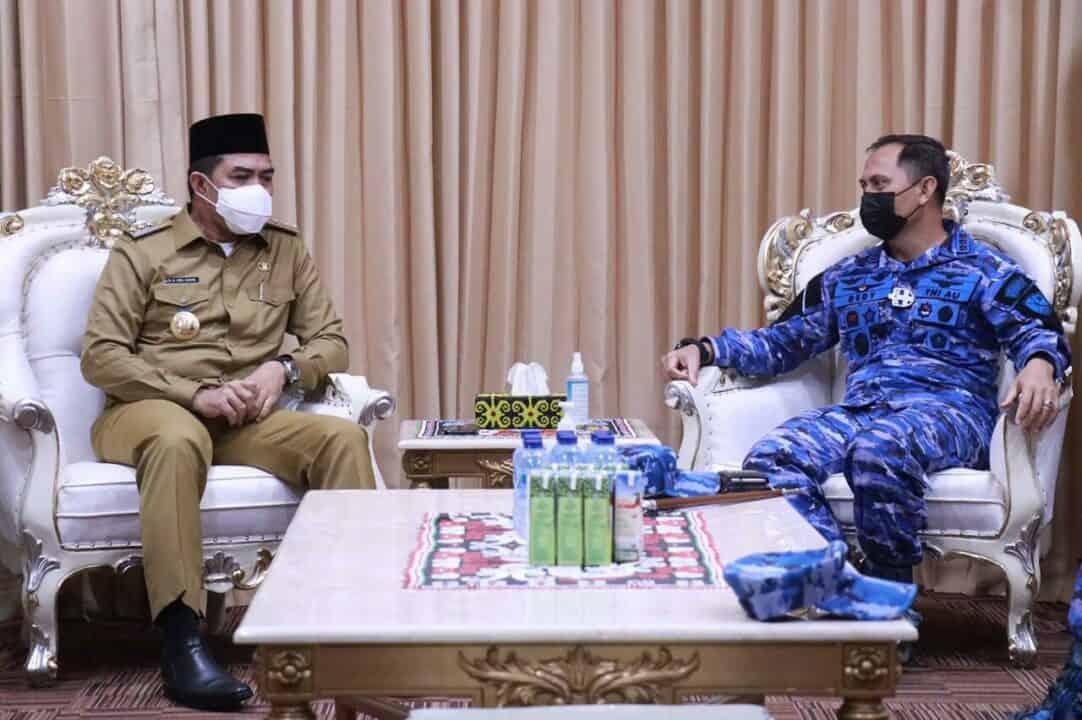 Eratkan Tali Silahturahmi, Danlanud Dhomber Kunjungi Pemerintah Kota Samarinda