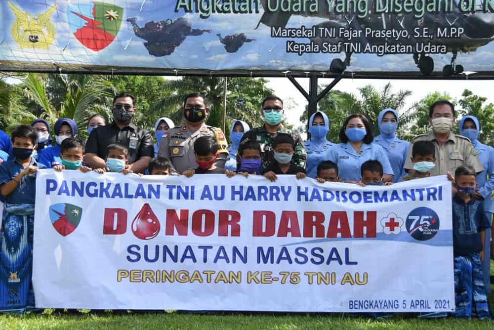 Donor Darah Sambut Hari TNI AU Ke-75 di Lanud Had