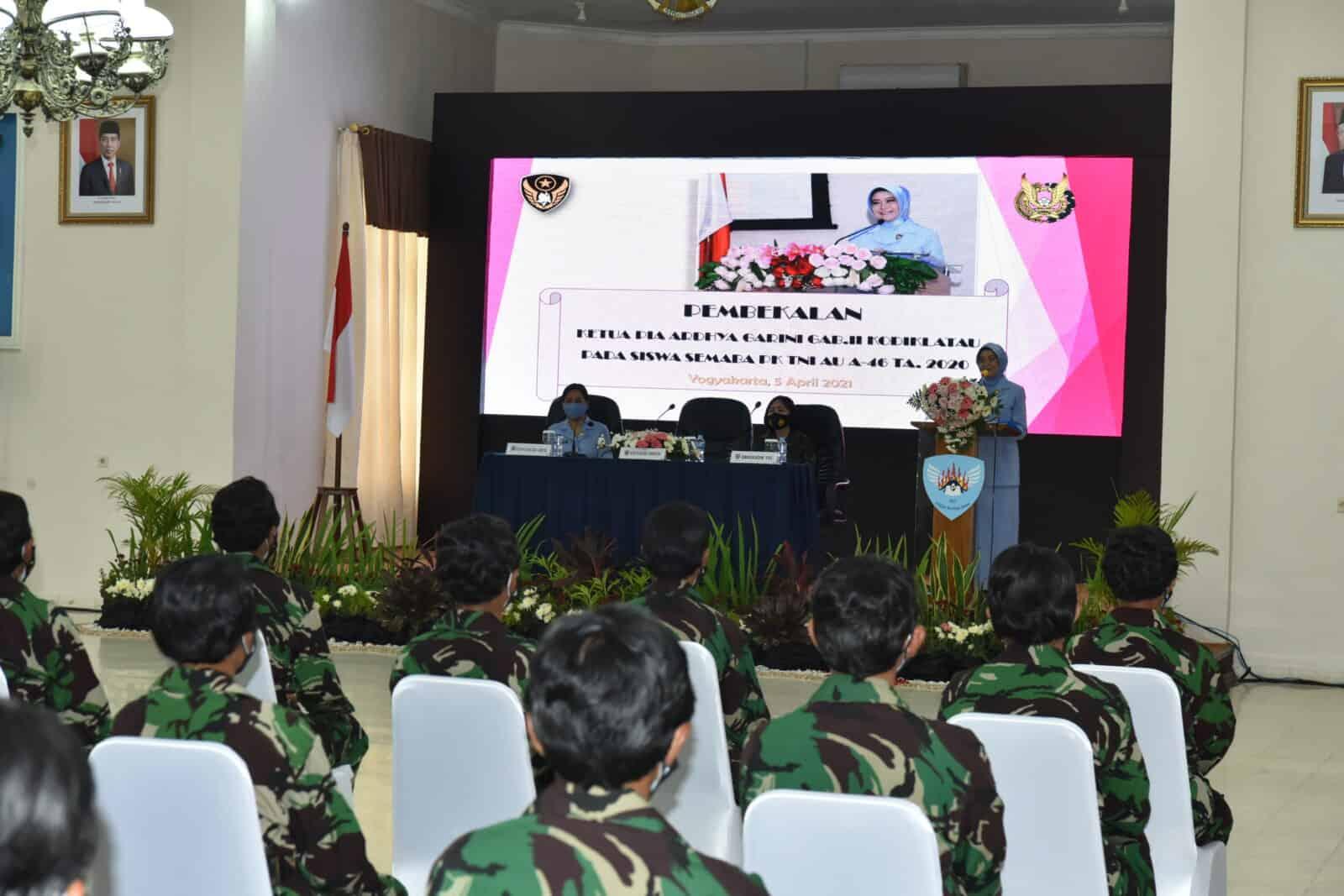 Pembekalan Ketua PIA AG Gab II Kodiklatau kepada Prasis Semaba PK Wanita TNI AU A-46 TA 2020