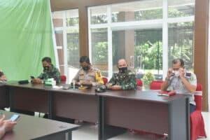 Danlanud Mus, Ikuti Vidio Conference Penanganan Covid-19 Di Kantor BAPEDA Kota Sabang.