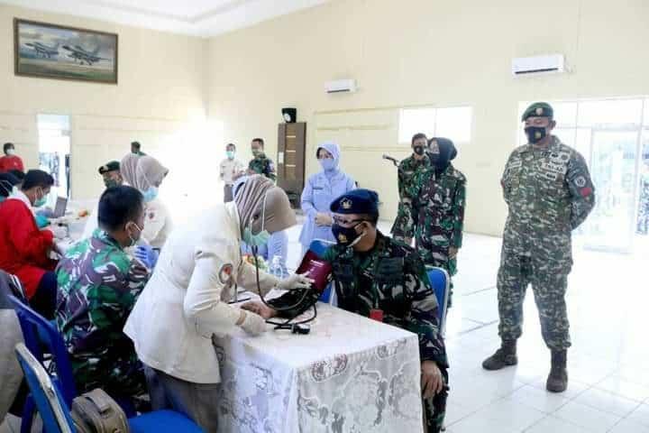 Donor Darah Peringatan Ke-75 Hari TNI Angkatan Udara Di Lanud Wiriadinata