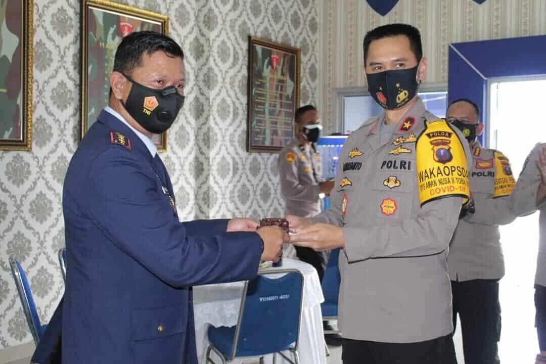 Danwing III Paskhas Terima Suprise HUT ke-75 TNI AU dari Wakapolda Sumut