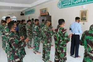 Personel Lanud Pangeran M. Bun Yamin Gelar Sholat Ghaib dan Doa Bersama untuk Prajurit KRI Naggala-402 yang Gugur