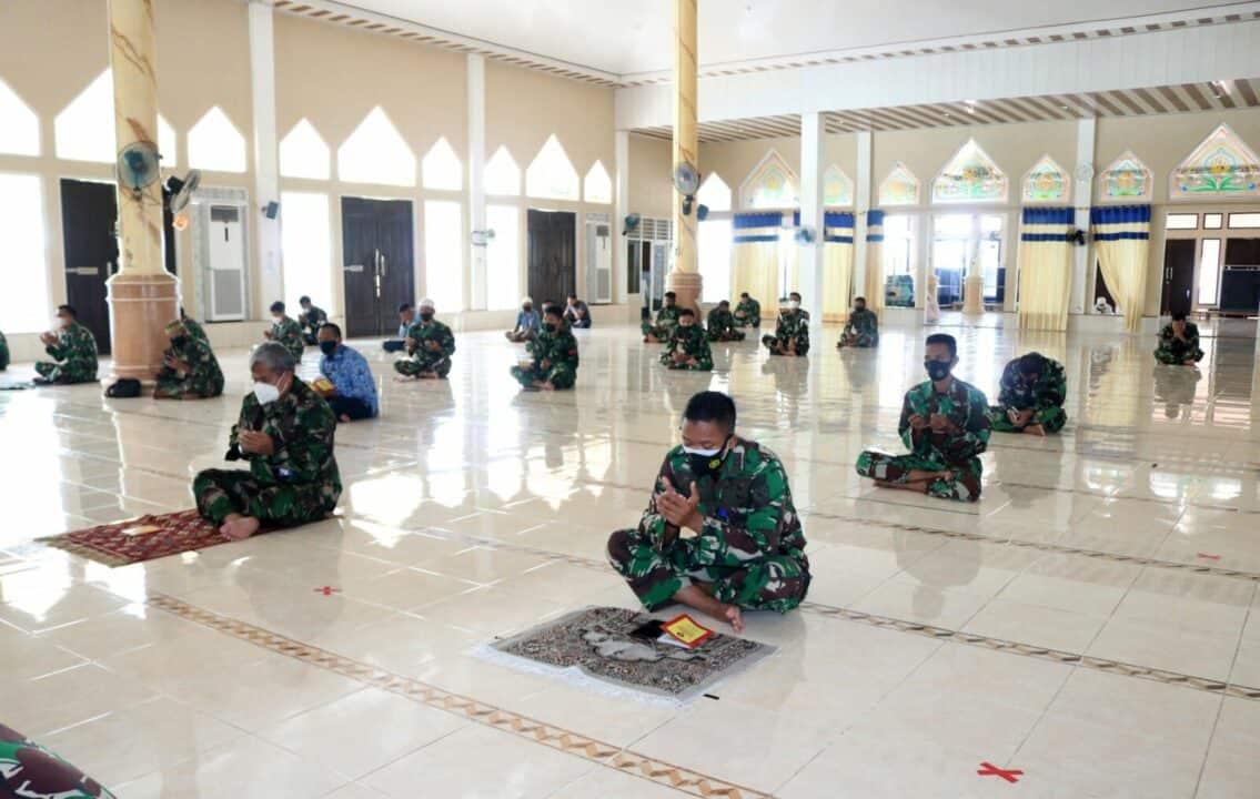 Jelang Peringatan HUT TNI AU Ke-75 Tahun 2021 Lanud Sjamsudin Noor Gelar Doa Bersama