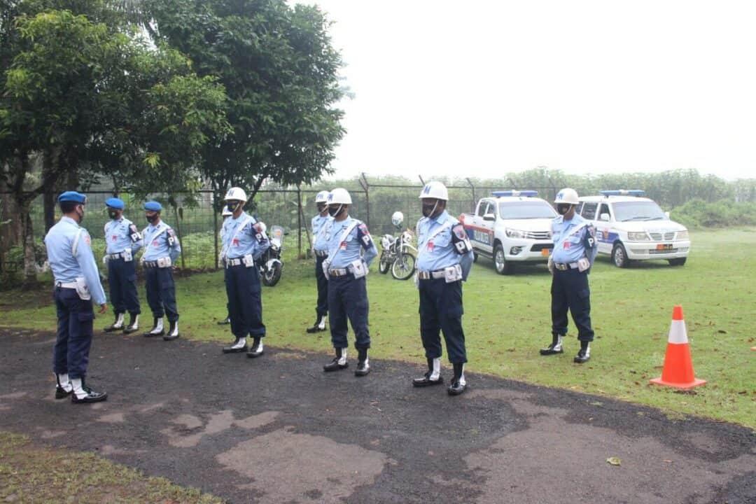 Sambut Hari Peringatan ke-75 TNI Angkatan Udara, Satpomau Lanud J.B. Soedirman Gelar Penegakan Disiplin