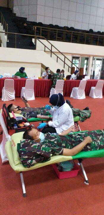 Personel Kohanudnas Mengikuti Donor Darah
