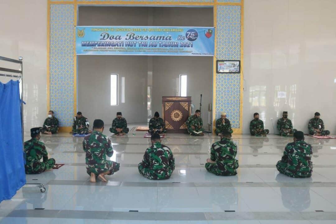 Lanud SMH Gelar Doa Bersama Peringati HUT 75 TNI AU