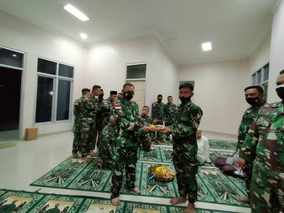 SAMBUT HUT TNI AU KE-75, DETASEMEN WAMENA KOOPSAU III ADAKAN YASINAN DAN DOA BERSAMA