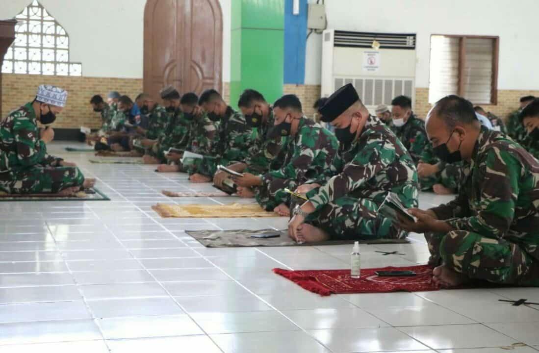 Jelang Ulang Tahun TNI Angkatan Udara Ke-75, Prajurit Lanud Sutan Sjahrir Gelar Doa Bersama