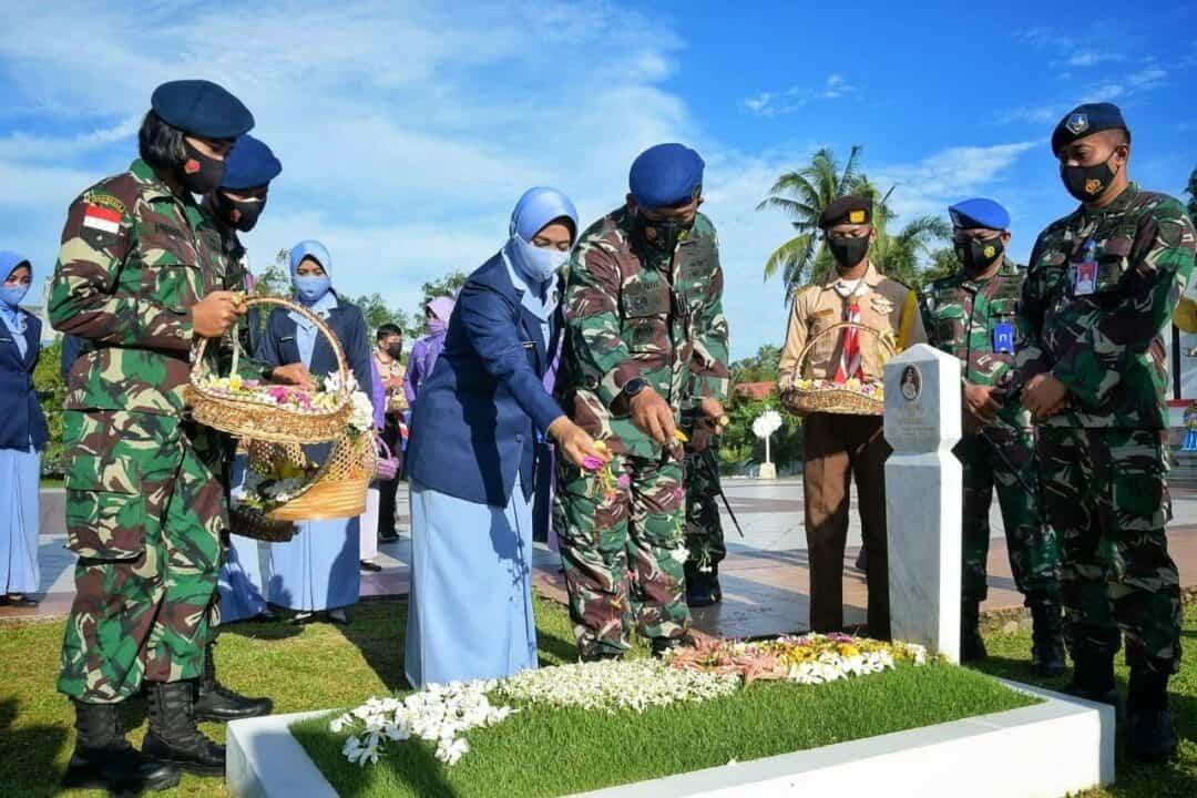 Jelang Peringatan ke-75 Hari TNI AU, Lanud RHF Laksanakan Ziarah