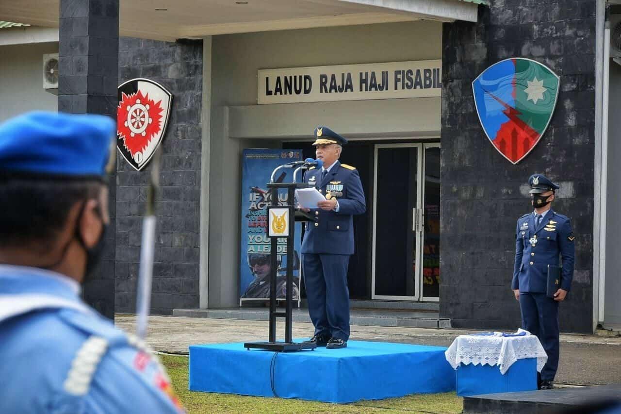 Aspers Kogabwilhan I Pimpin Upacara Peringatan ke-75 TNI AU di Lanud RHF