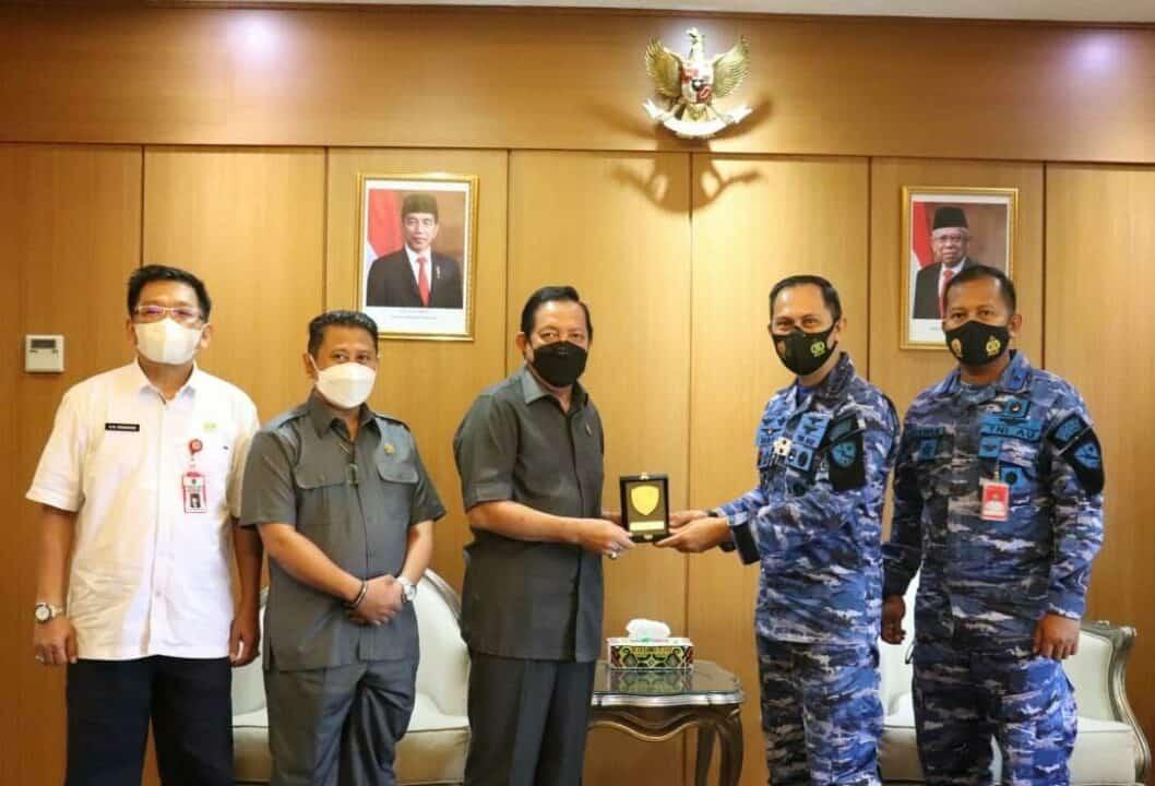 Bangun Sinergitas, Danlanud Dhomber Jalin Silaturahmi Dengan Ketua DPRD Provinsi Kaltim