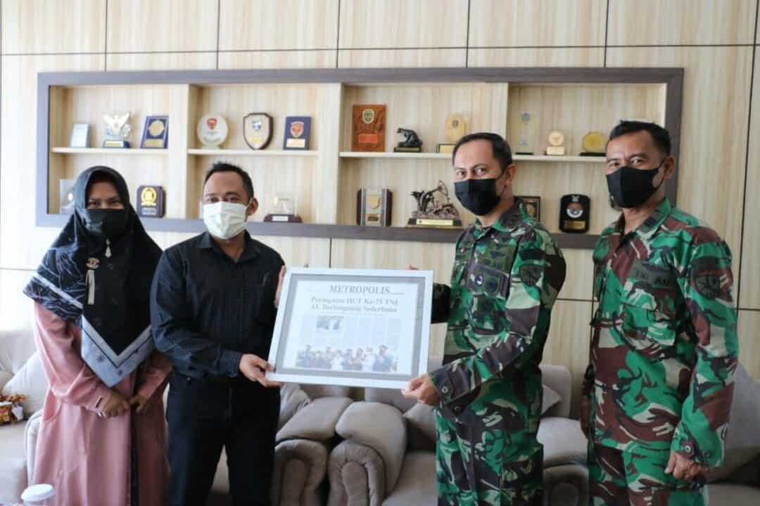 Danlanud Dhomber Terima Kunjungan Pimpinan Balikpapan Post