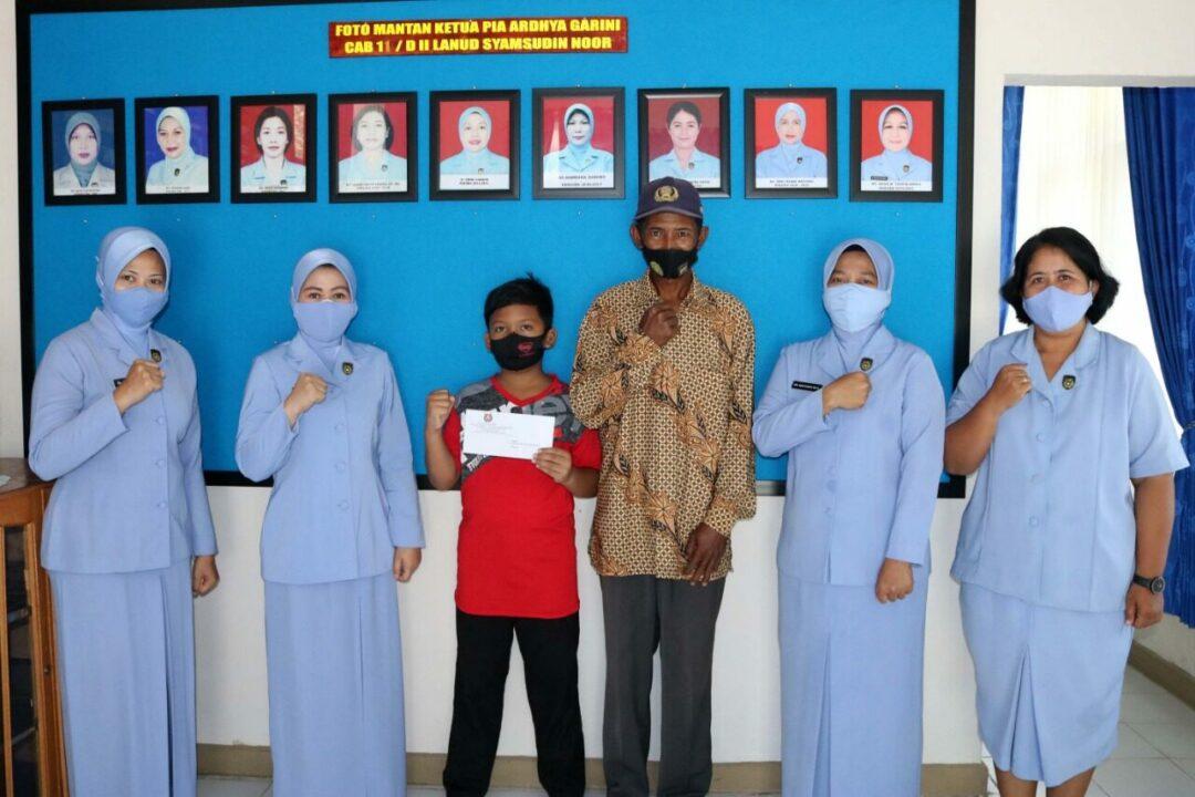 PIA AG Cab.11/D.II Lanud Sjamsudin Noor Berikan Dana Bantuan PPAA Kepada Putra Putri Personel Lanud Sjamsudin Noor